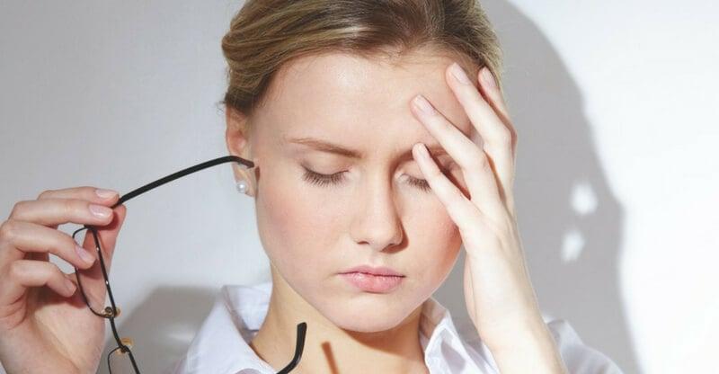 sintomi di stress mal di testa
